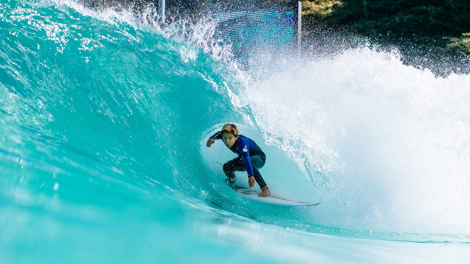 Hans Odriozola getting barreled in the Wavegarden Cove