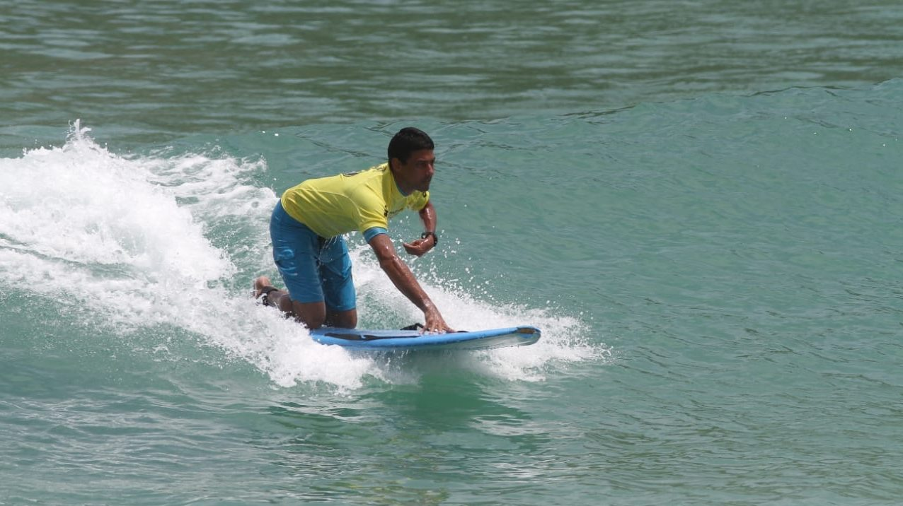 Adaptive surfer in Brazil