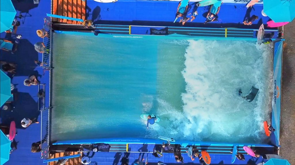 how does the epicsurf standing wave pool work