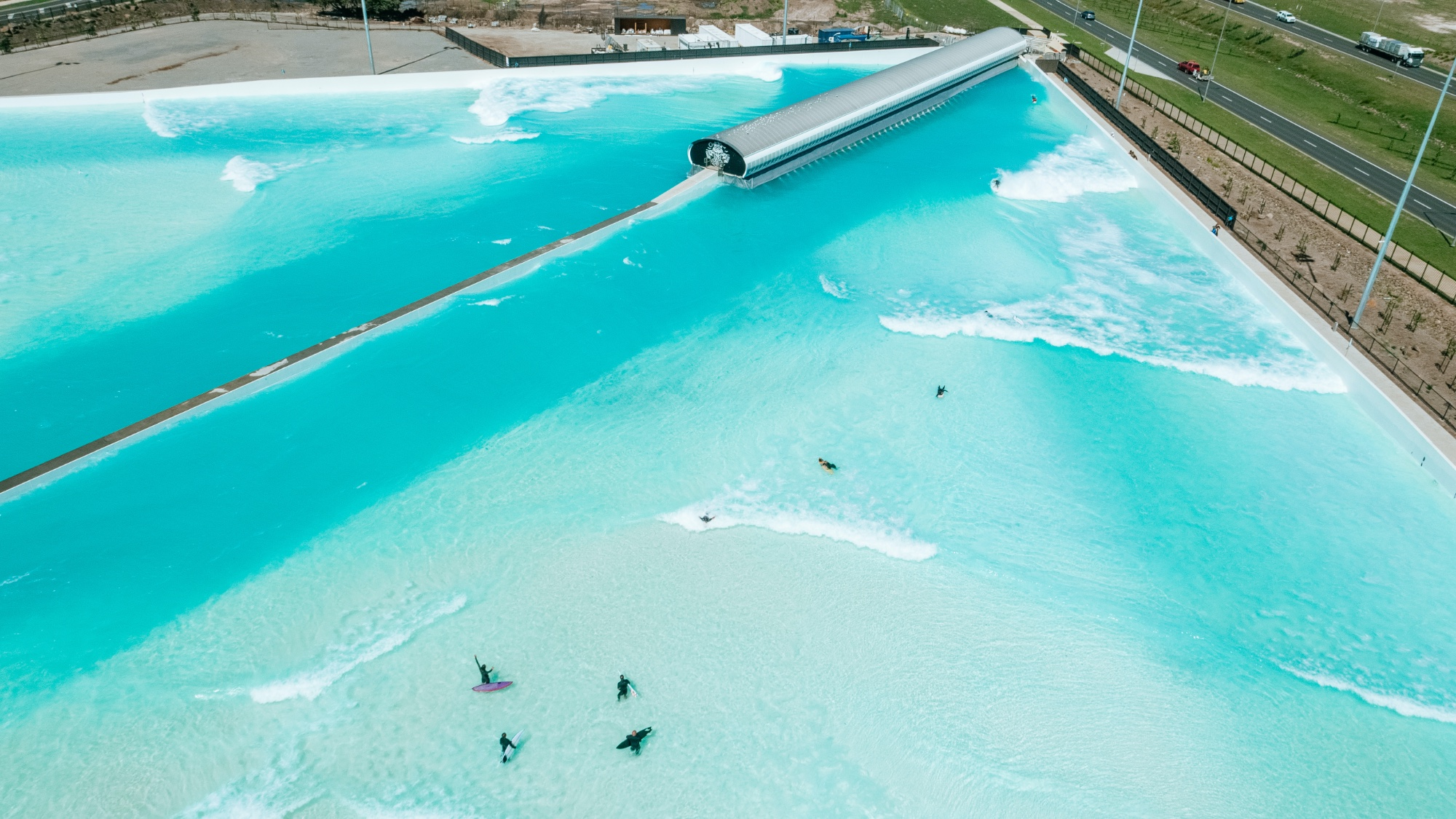 Urbnsurf melbourne to reopen